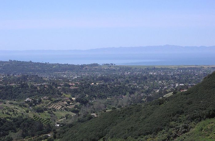 "The unincorporated ""Noleta"" area between Goleta and SB, photo by Antandrus, courtesy Wikipedia Commons."