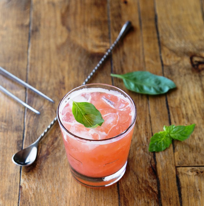 S.Y. Kitchen's Sundown cocktail with rum, dry elderflower, strawberry, mint, basil, lime, photo by David Zepeda.