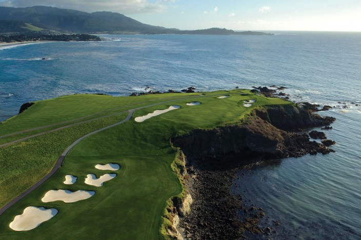 A breathtaking view of Pebble Beach Golf Links, photo by Johann Dost.