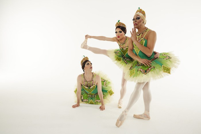 Les Ballets Trockadero de Monte Carlo, photo by Zoran Jelen.