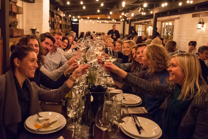Patrons enjoy the 2018 Women Winemakers Dinner. Photo by Deborah Chadsey, In Paradise Photography.